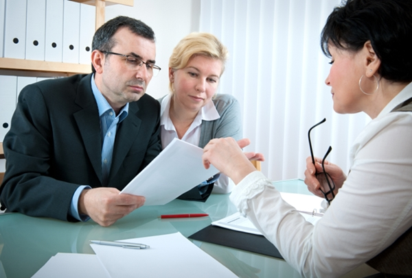 Insider Strategies for Selecting Your Divorce Attorney or Mediator