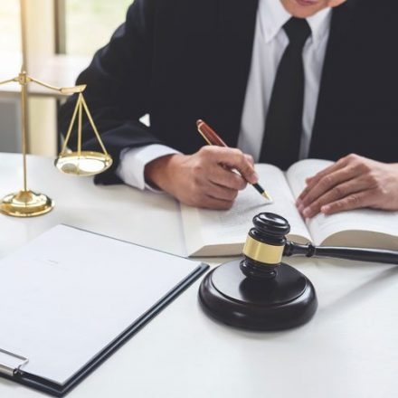 What Kind of Drafting Pleadings would Litigation Lawyer do?